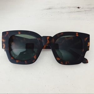 Accessories - Tortoise Shell Sunglasses